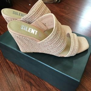 NEW Anthro Silent D pink wedge sandals size 39/9